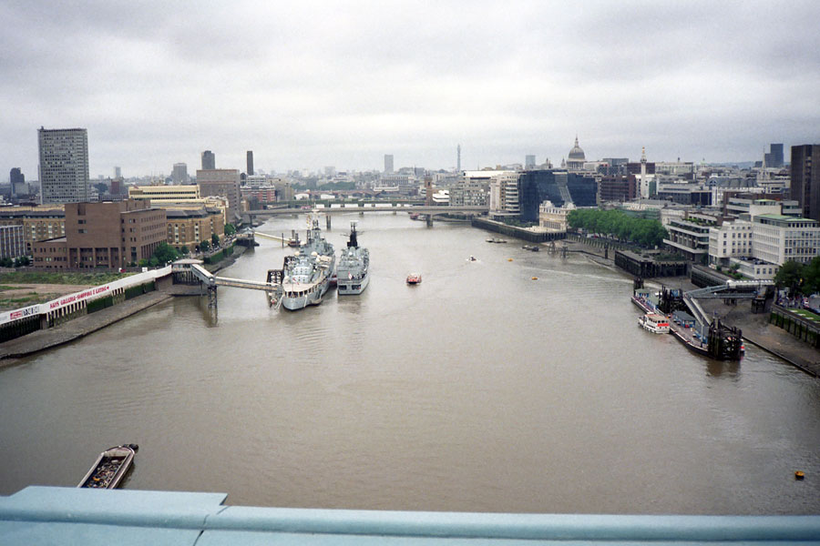 016 | 1992 | London | Blick von der Tower Bridge | © carsten riede fotografie