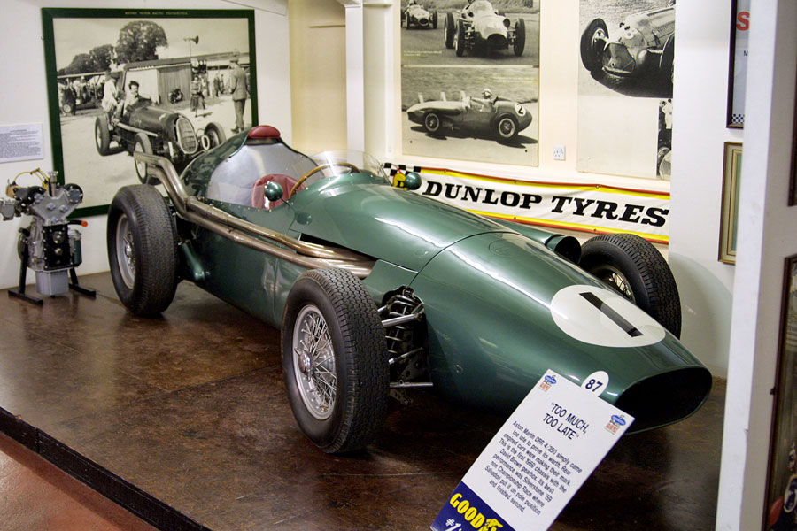 021 | 2004 | Donington | Grand Prix Collection | Aston Martin DBR4 (1959-1960) | © carsten riede fotografie