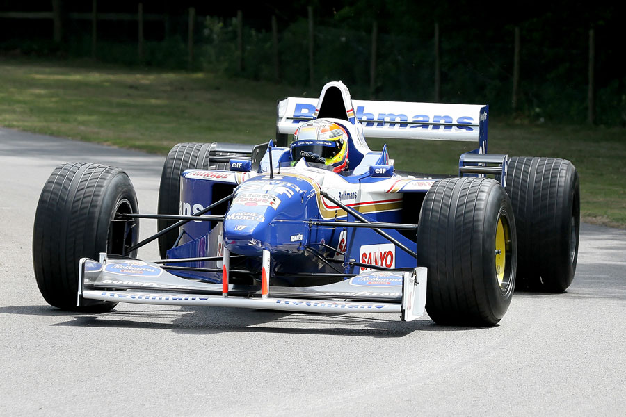 041 | 2009 | Goodwood | Festival Of Speed | Williams-Renault FW18 | © carsten riede fotografie